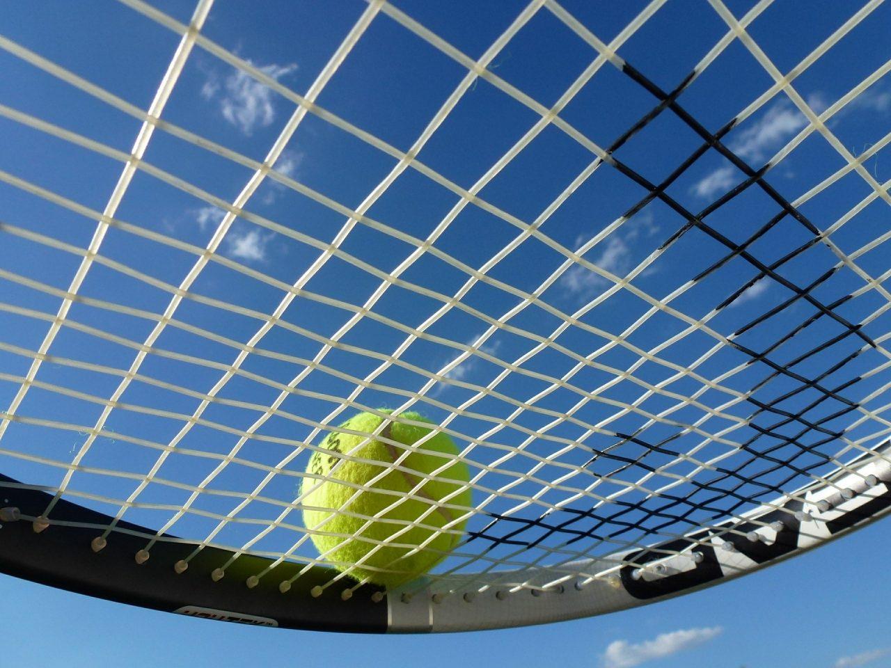 tennis-363666_1920-1280x960.jpg