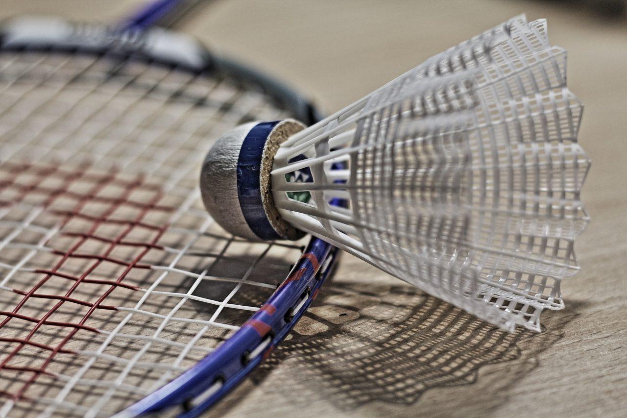 badminton-1019110_1920-1280x853.jpg